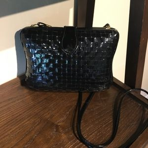 Vintage La Regale Black Clam Shell Crossbody